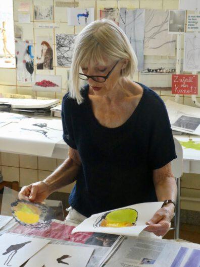 Katharina Hoehler im Atelier